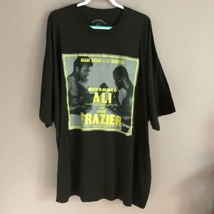 Muhammad Ali VS. Joe Frazier Boxing Graphic Tee 5X
